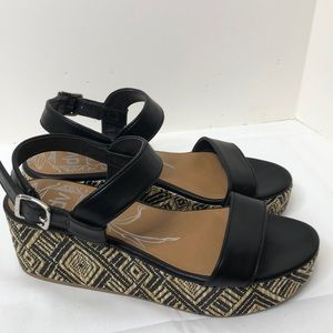 Dolce vita size 10 black platform shoes EUC